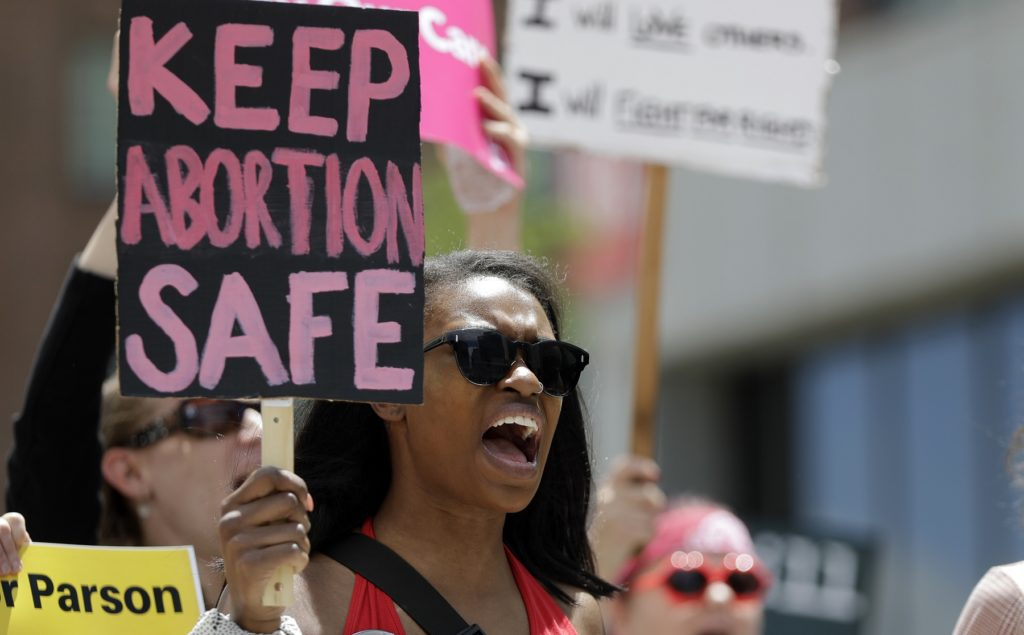 Roe V. Wade Affects Health Care Access for Women of Color, Lower Income
