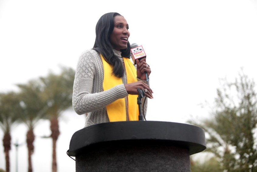WNBA Legend Lisa Leslie to Be Honored with Statue Outside Staples Center in Los Angeles