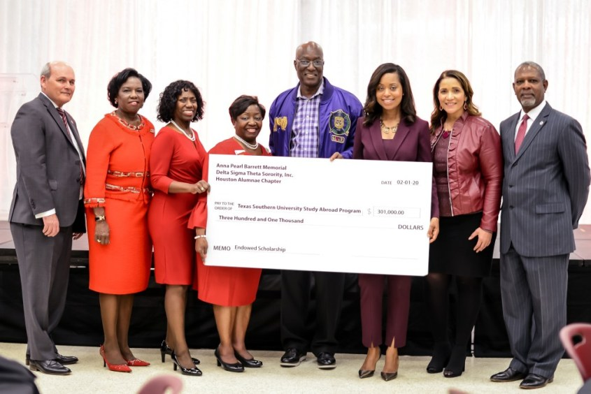 Delta Sigma Theta Helps Create Anna Pearl Barrett Memorial Scholarship at Texas Southern University for Students to Study Abroad